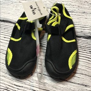 *6/$30* NWT Cat & Jack Water Shoes - 9/10